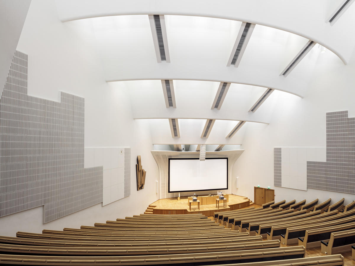 The auditorium in Aalto Undergraduate Centre. Photo: Tuomas Uusheimo, Aalto University