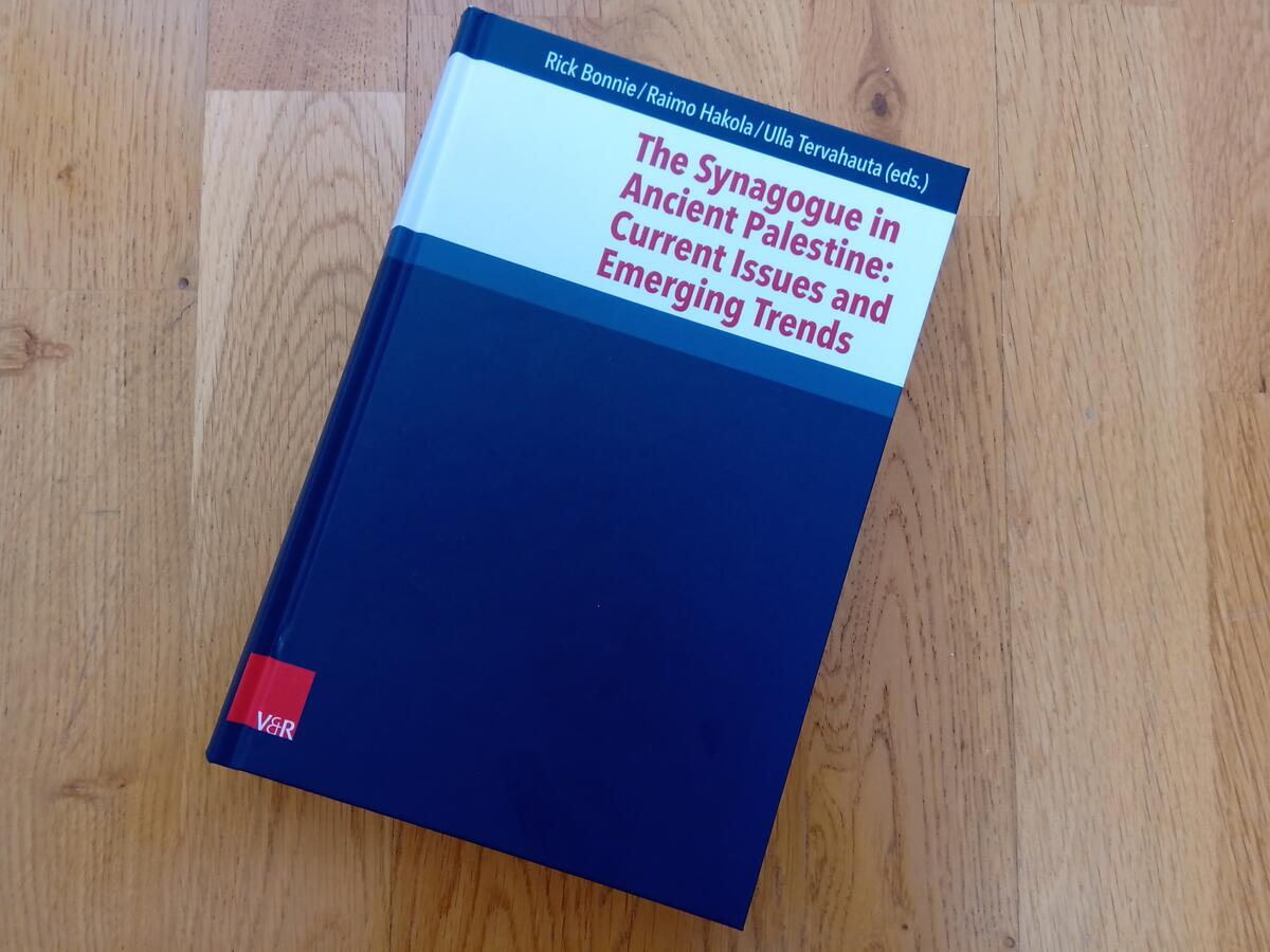 """Cover of the book """"The Synagogue in Ancient Palestine: Current Issues and Emerging Trends"""""""