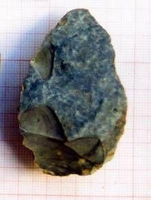 Lower Palaeolithic flint axes from the region of Jebel Bishri, the mountain in Central Syria. Photos: Michael Herles 2005, Kenneth Lönnqvist (Silver) 2004, © SYGIS.
