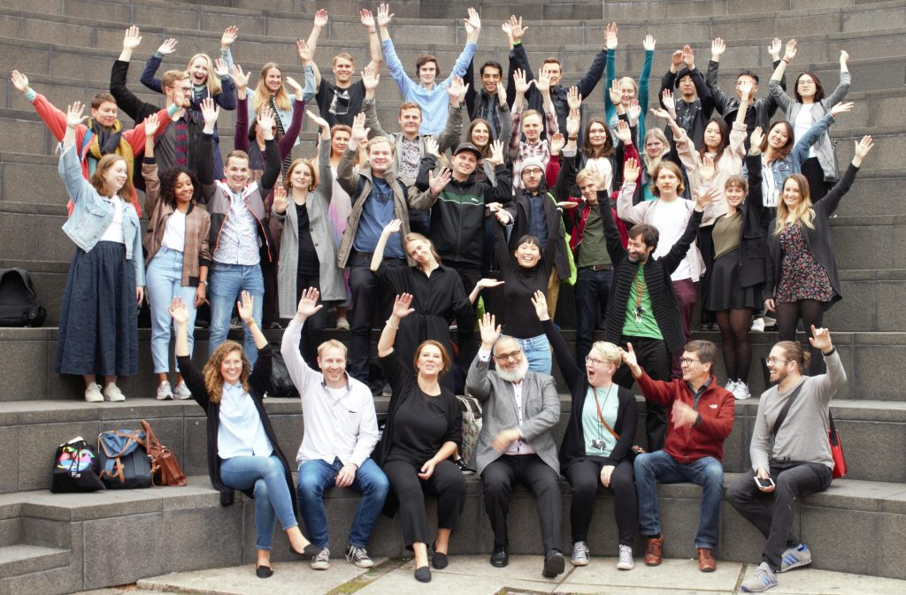 Group picture of USP students and teachers by Daria Tarkhova